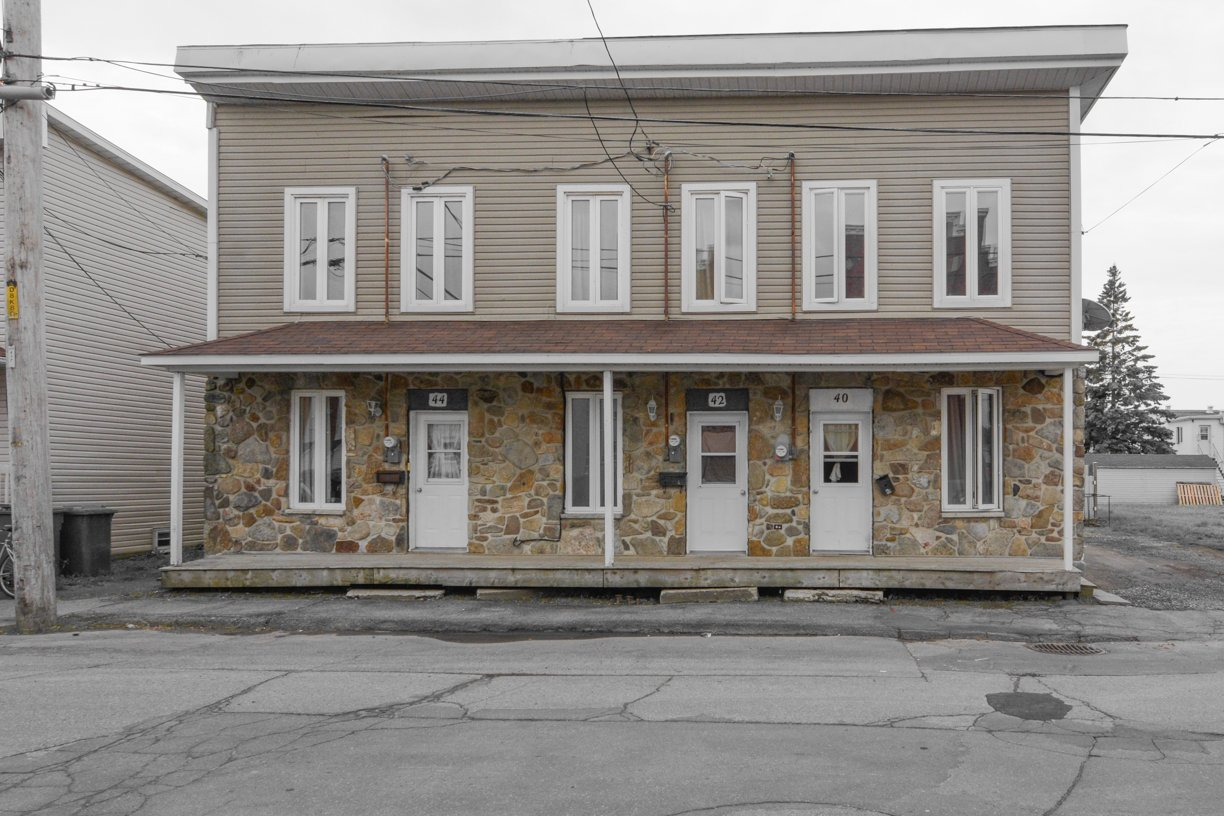 Triplex vendre salaberry de valleyfield for Porte et fenetre valleyfield