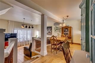 Maison à étages à vendre, Sainte-Rose