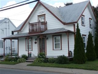 Maison à un étage et demi à vendre, Saint-Guillaume