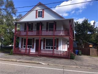 Maison à étages à vendre, Clermont