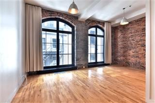 Loft / Studio for rent, Ville-Marie