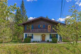 Two or more storey for sale, Lac-Beauport