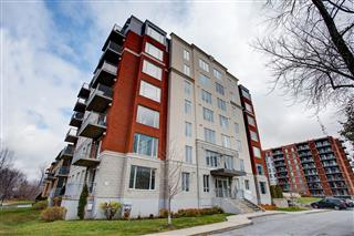 Apartment / Condo for rent, Chomedey