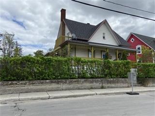 Triplex for sale, Mont-Joli