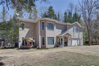Two or more storey for sale, Amherst