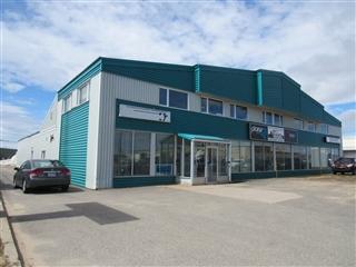 Bâtisse commerciale/Bureau à vendre, Sept-Îles