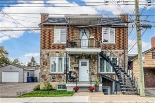 Duplex for sale, Pont-Viau