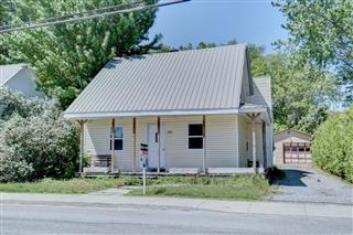 Maison à étages à vendre, Upton