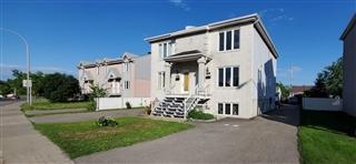 Duplex à vendre, Duvernay