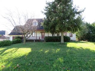 Maison à un étage et demi à vendre, Saint-Césaire