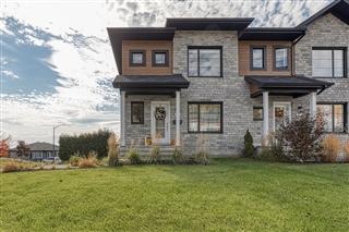 Maison à étages à vendre, Québec