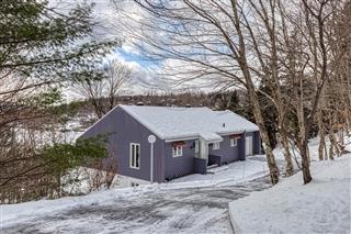 Maison de plain-pied à vendre, Lac-Beauport