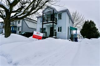 Duplex à vendre, Chomedey