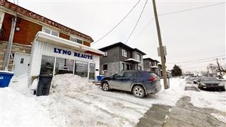 Bâtisse commerciale/Bureau à vendre, Longueuil