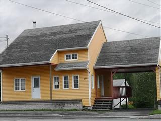 One-and-a-half-storey house for sale, Saint-Léon-le-Grand