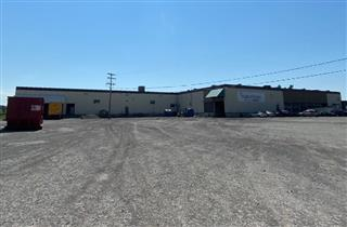 Industrial building for sale, Mont-Joli
