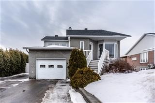 Split-level for sale, Saguenay