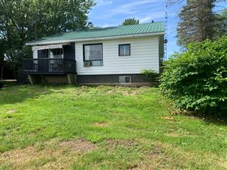 Bungalow for sale, Lac-Brome