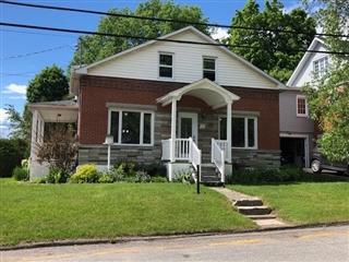 Maison à un étage et demi à vendre, Windsor