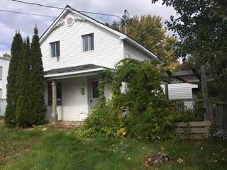 Maison à un étage et demi à vendre, Grenville