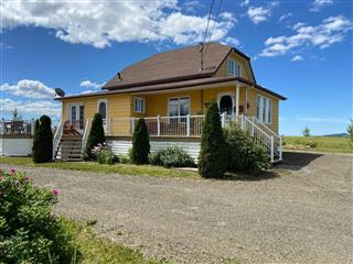 One-and-a-half-storey house for sale, Les Hauteurs
