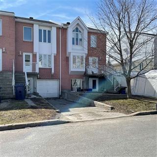 Duplex à vendre, Saint-François