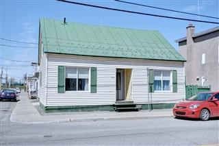 Maison à un étage et demi à vendre, Saint-Hyacinthe