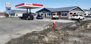 Building and business sale for sale, Yamaska