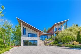 Maison à paliers multiples à vendre, Lac-Beauport
