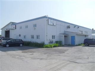 Bâtisse industrielle à vendre, Saguenay