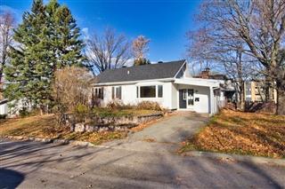 Maison à un étage et demi à vendre, Québec