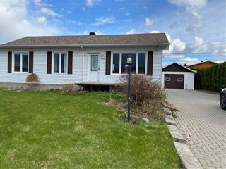 Maison de plain-pied à vendre, Saguenay