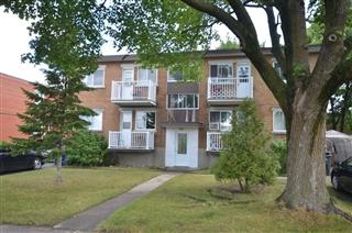 Quadruplex for sale, Pont-Viau