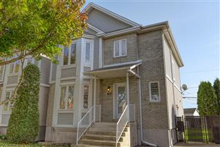 Two or more storey for sale, La Prairie