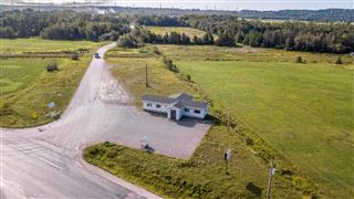 Commercial building/Office for sale, Matane