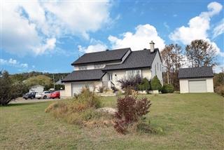 Split-level for sale, Lac-des-Aigles