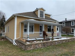 Maison à étages à vendre, Plessisville - Ville