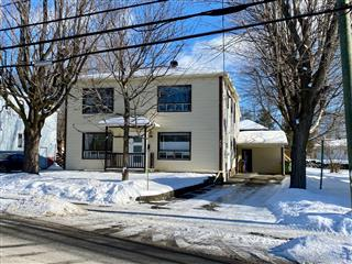 Duplex à vendre, Cowansville